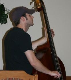 Brian Du Pont : Bass